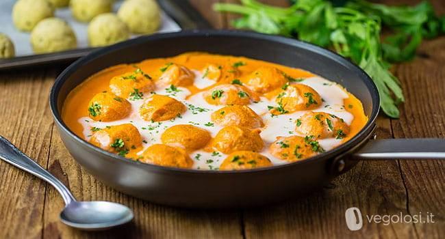 Ricetta Vegana polpette di patate in salsa al curry