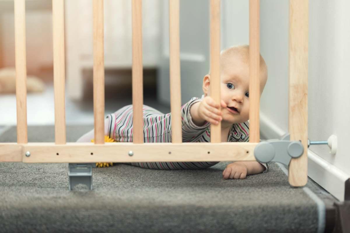Bambini in casa | gli strumenti per metterla in sicurezza