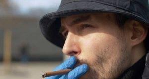 fumatori protetti da covid-19