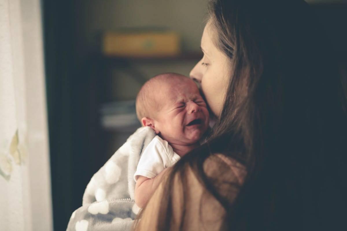 Coliche e pianto nel neonato il sondino rettale e le altre soluzioni
