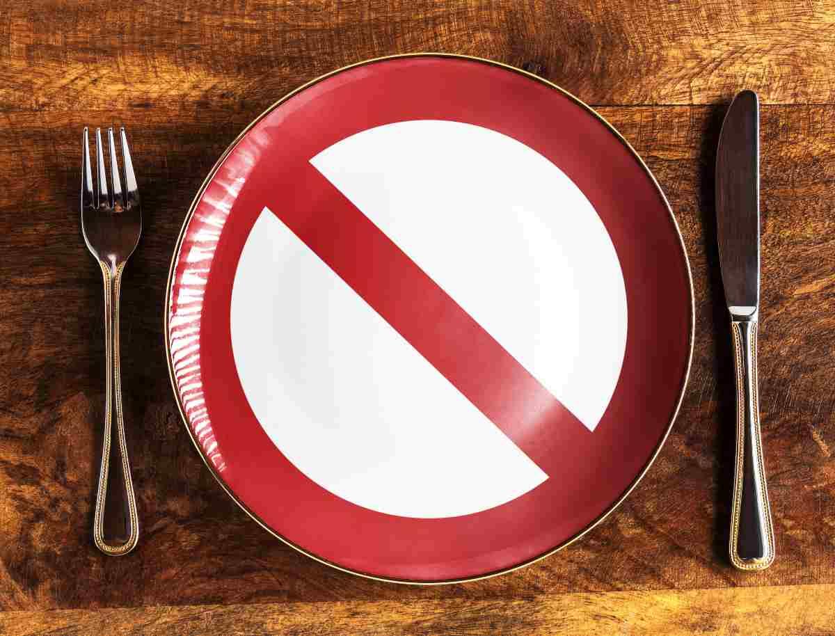 piatto con divieto