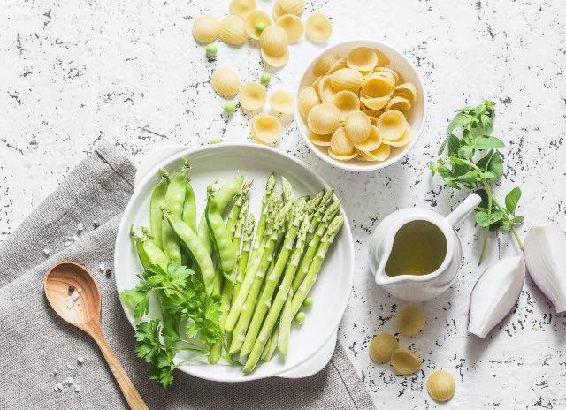 Orecchiette agli asparagi e non solo