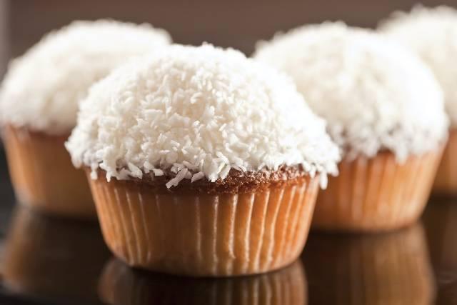 Merenda al volo con i muffin al cocco!