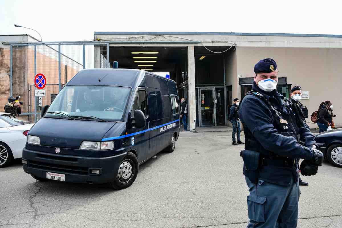 Carceri, nuovo decreto sui domiciliari ai mafiosi