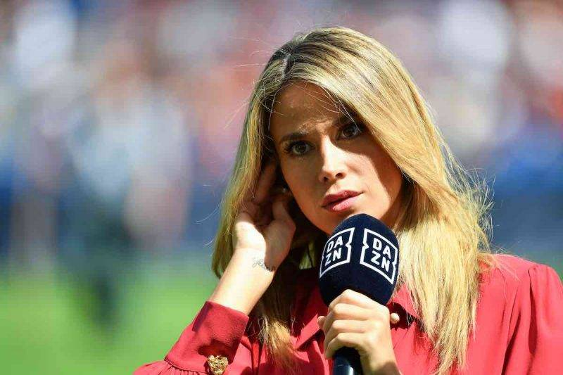 Diletta Leotta, la conduttrice incanta i followers a Stadio San Siro (Getty Images)