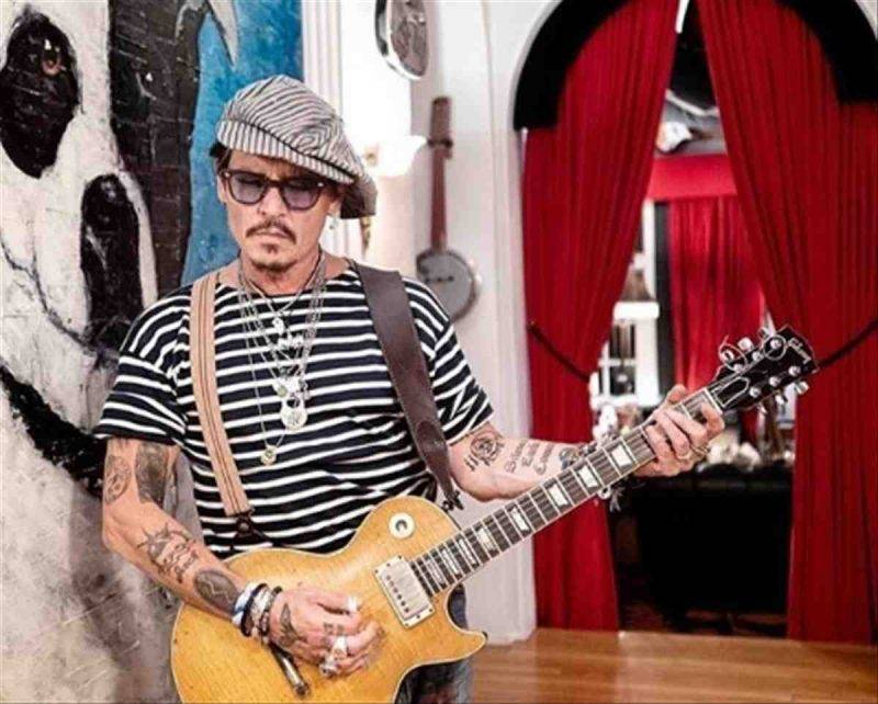 Johnny Depp video