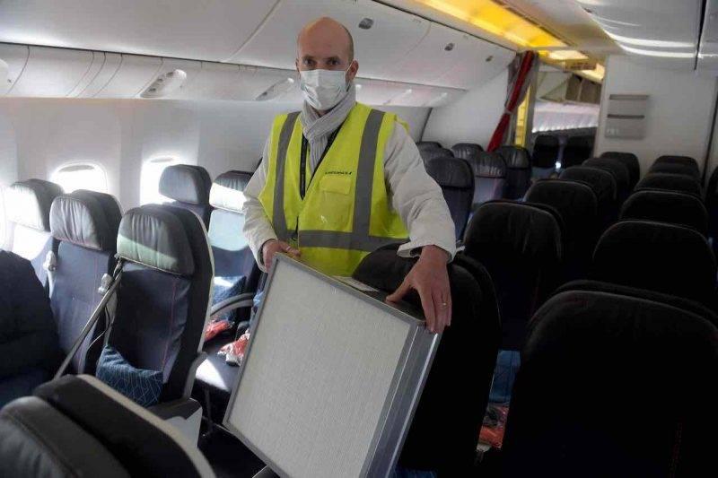 Nuova procedura di sanificazione sugli aerei (Getty Images)