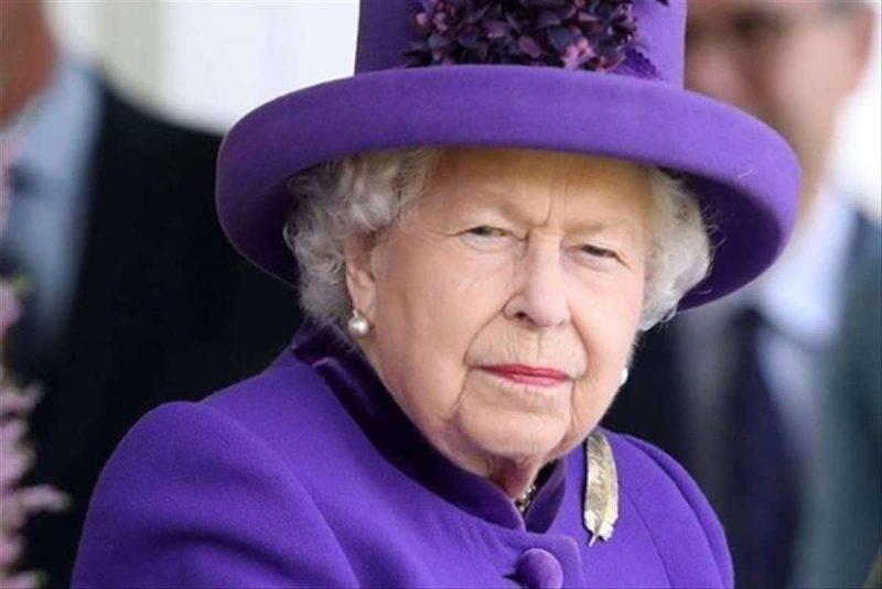 Nessuna apparizione pubblica per la regina Elisabetta fino all'autunno
