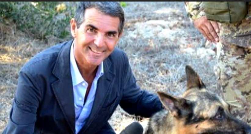 Morto Sandro Petrone, storico volto Rai | addio al giornalista del Tg2
