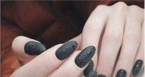 black bubble nails