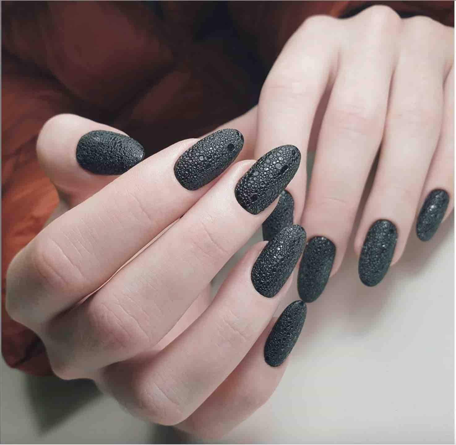 black bubble nails