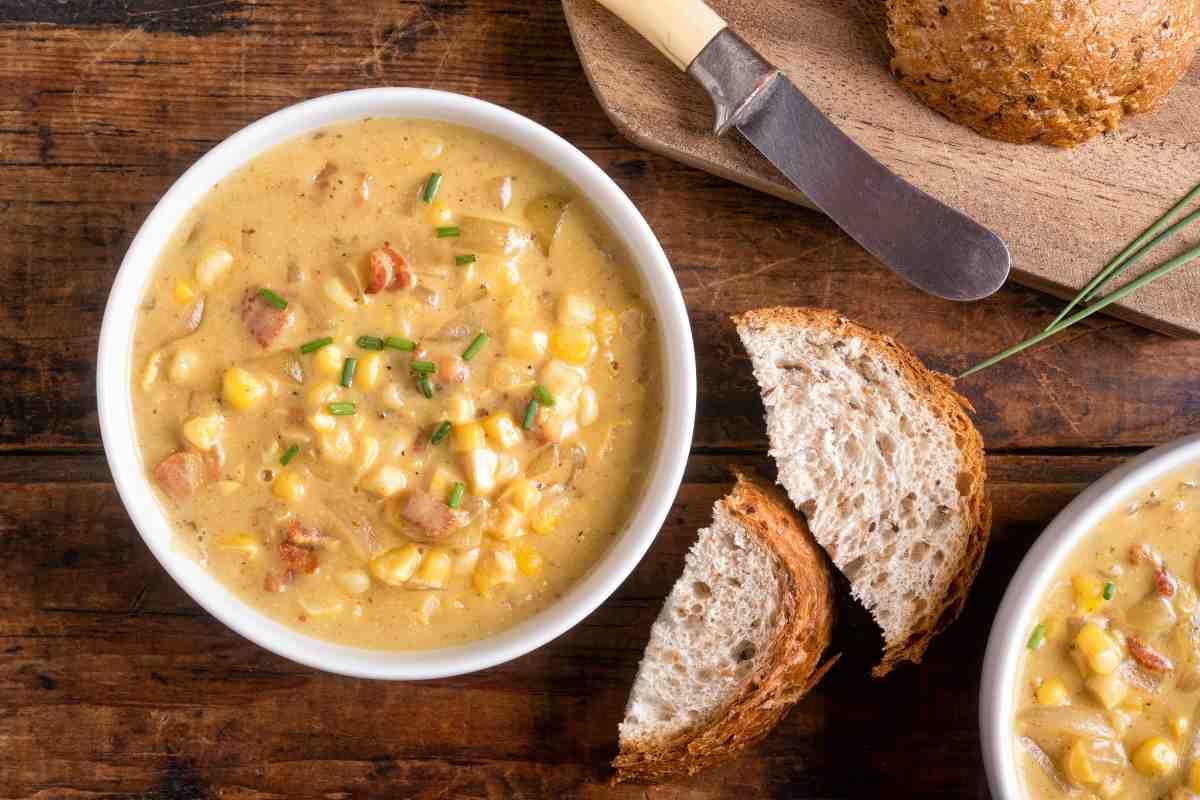 Zuppa con cereali e verdure