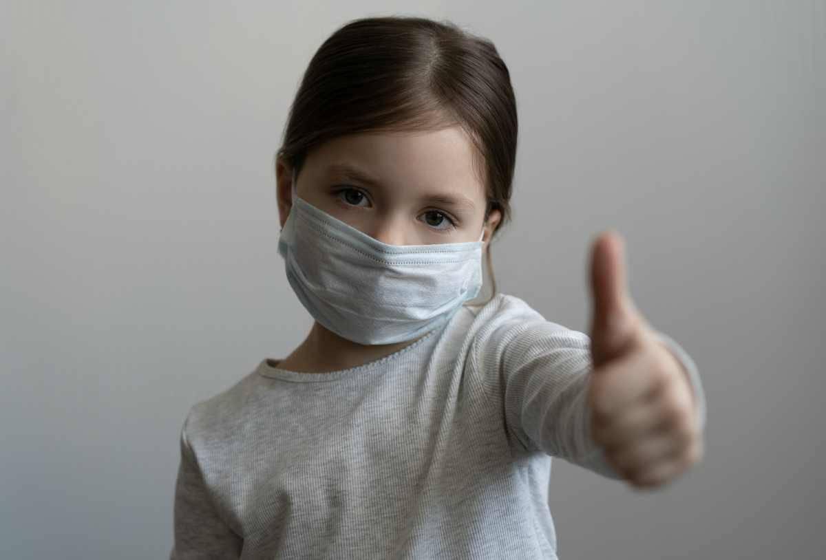 bambini e covid-19 la filastrocca della mascherina per convincerli ad indossarla.