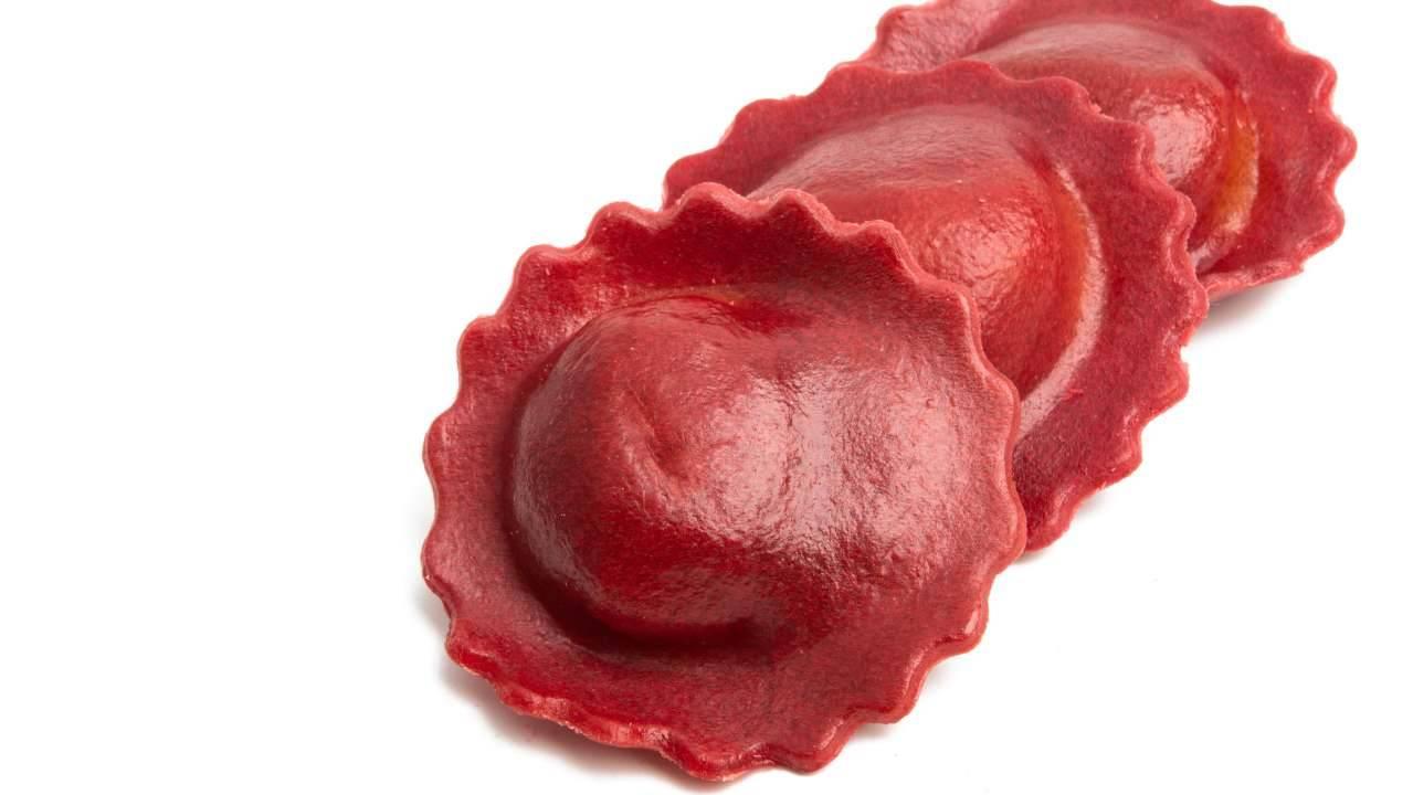 ravioli vegan barbabietole