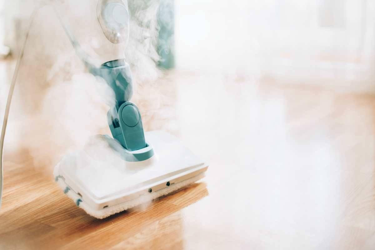 Pulire ed igienizzare con il vapore perché funziona e conviene