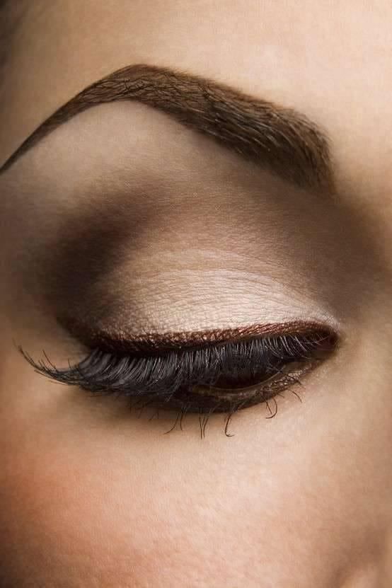 eye liner marrone