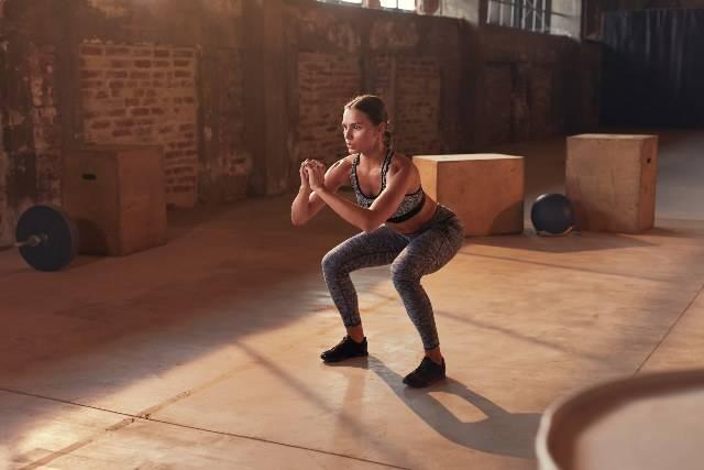 10 esercizi per tonificare le gambe anche a casa -VIDEO-