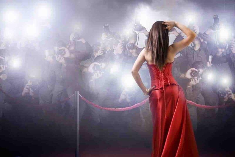VIP donna famosa paparazzi