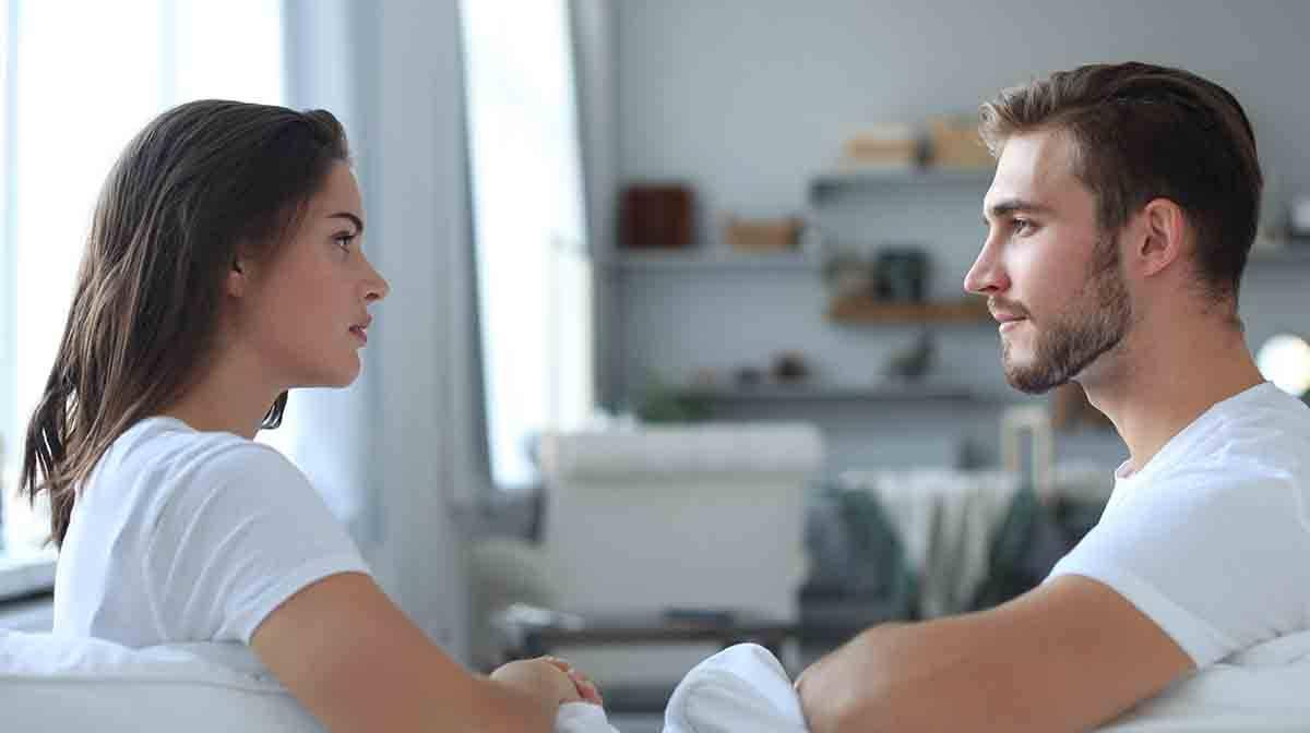 coppia dialogo