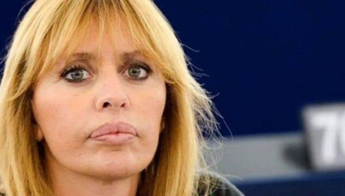 Alessandra Mussolini primo piano