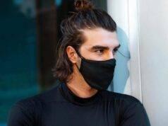 Andrea Damante con la mascherina