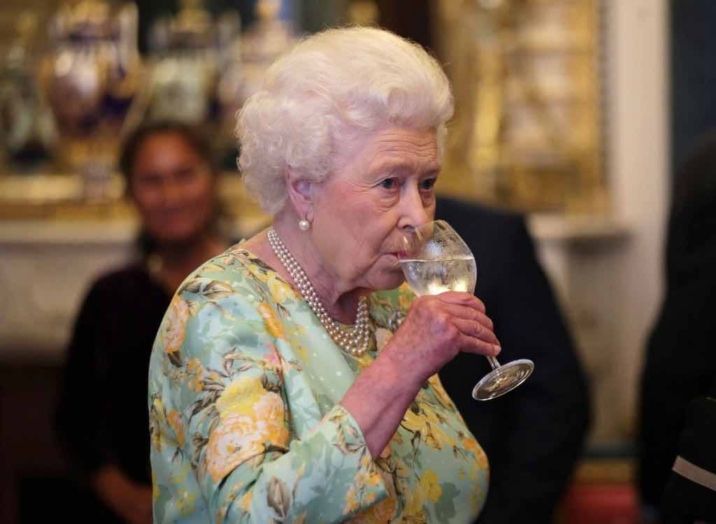 Regina Elisabetta alcol