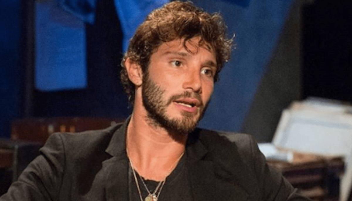 Stefano De Martino a Rivelo