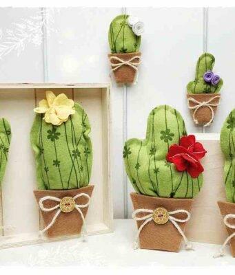 cactus in fiore con il feltro