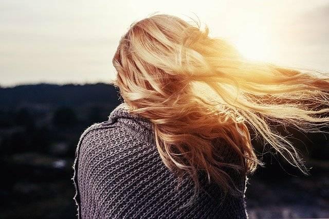 Farina? Usala come shampoo naturale per i tuoi capelli!