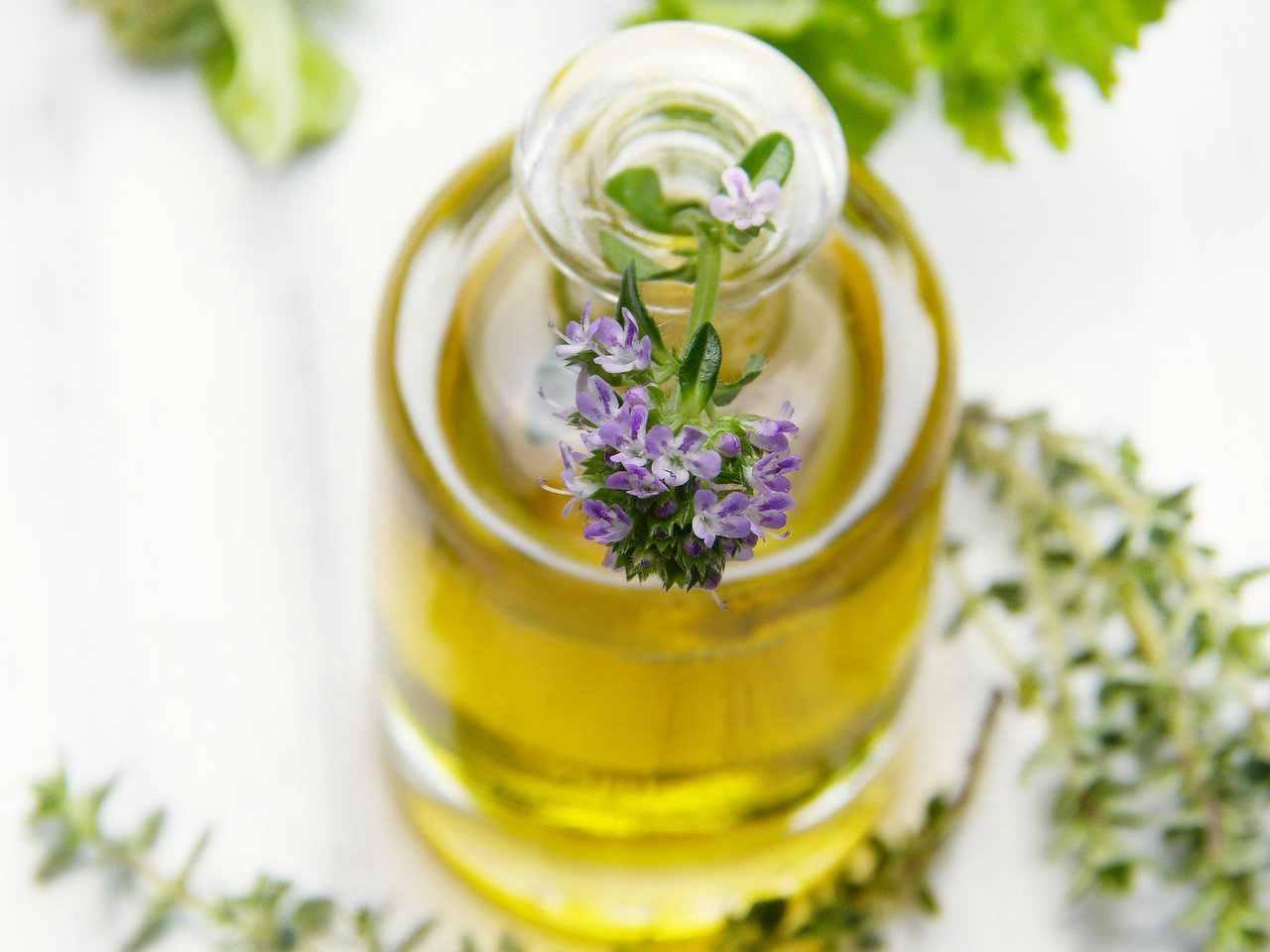 Profumarsi in estate  i modi alternativi al profumo con l'alcool