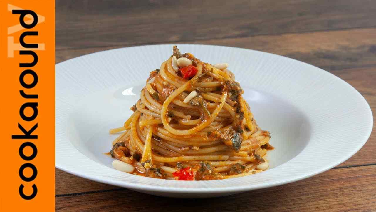 Spaghetti con acciughe ricetta