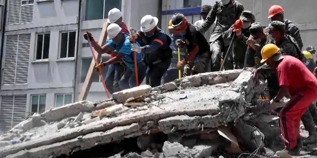 terremoto messico 7.4