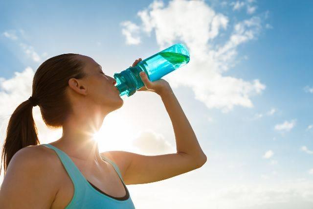 Cosa fare in caso di caldo torrido e perdita di liquidi?