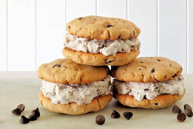 Biscotto gelato fatto in casa: 3 VIDEO RICETTE dal biscotto alla crema