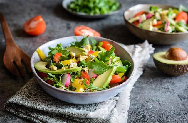 Non mangiare la sera è davvero utile per perdere peso? Scoprilo subito!