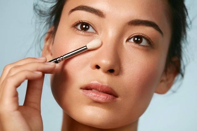 Trucco occhi dal mattino alla sera: stesso make-up modificato in 5 minuti