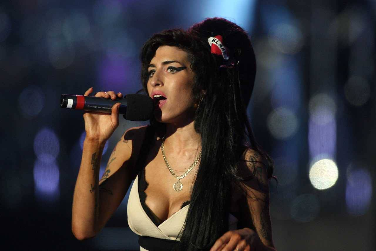 Amy Winehouse, diamante splendente contro i 'demoni' della celebrità
