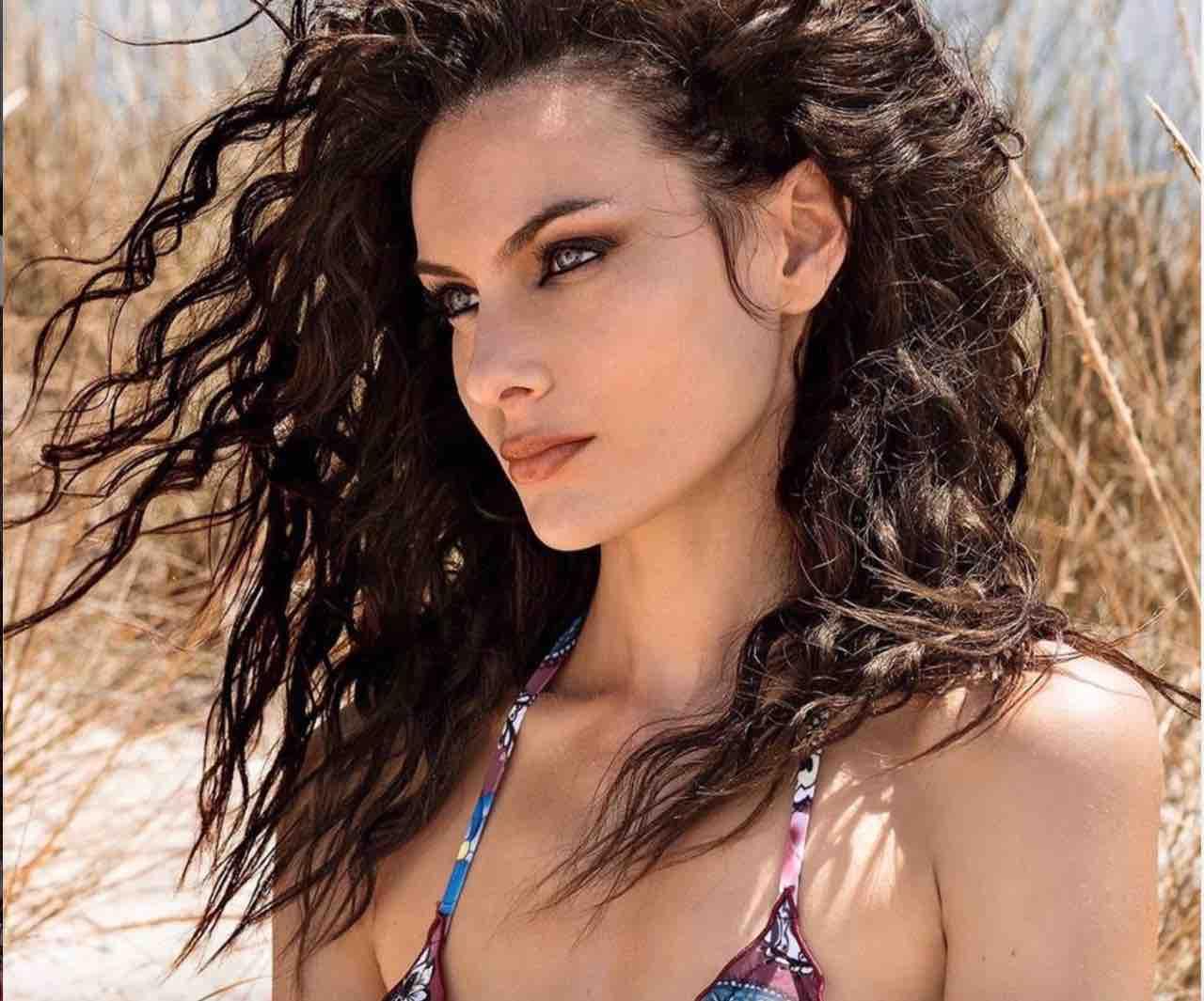 Paola turani bikini
