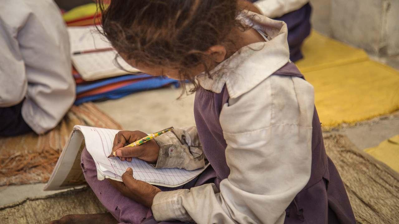 10 milioni bambini potrebbero non tornare a scuola