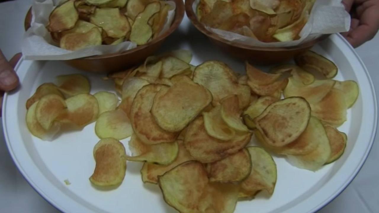 chips di patatine fritte forno