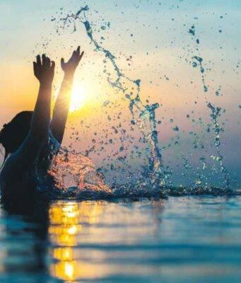Acqua di mare trattamento di bellezza naturale