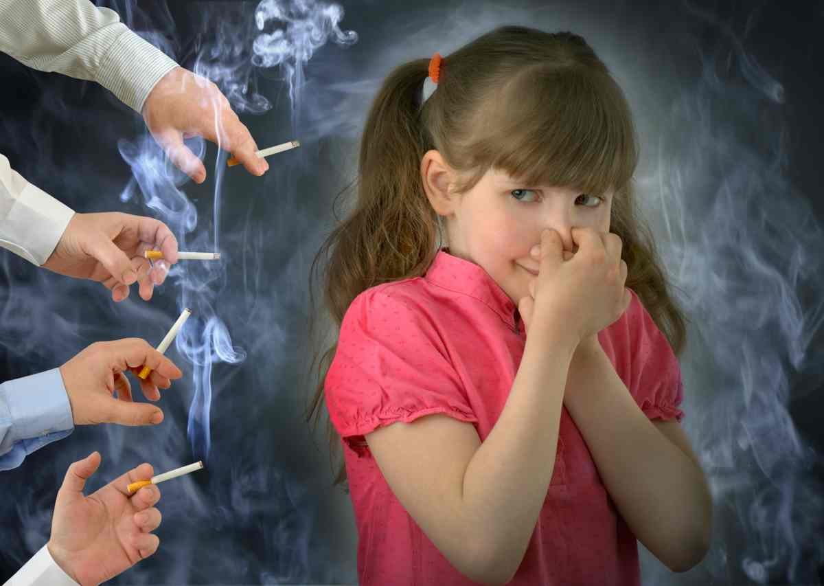 Fumo passivo le allarmanti conseguenze nei bambini