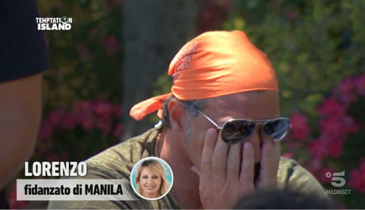 "Temptation Island, Lorenzo piange per Manila Nazzaro: ""Mi manca"""