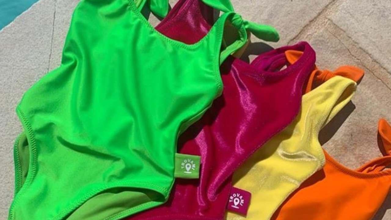 bambini sicuri mare costume microchip antismarrimento