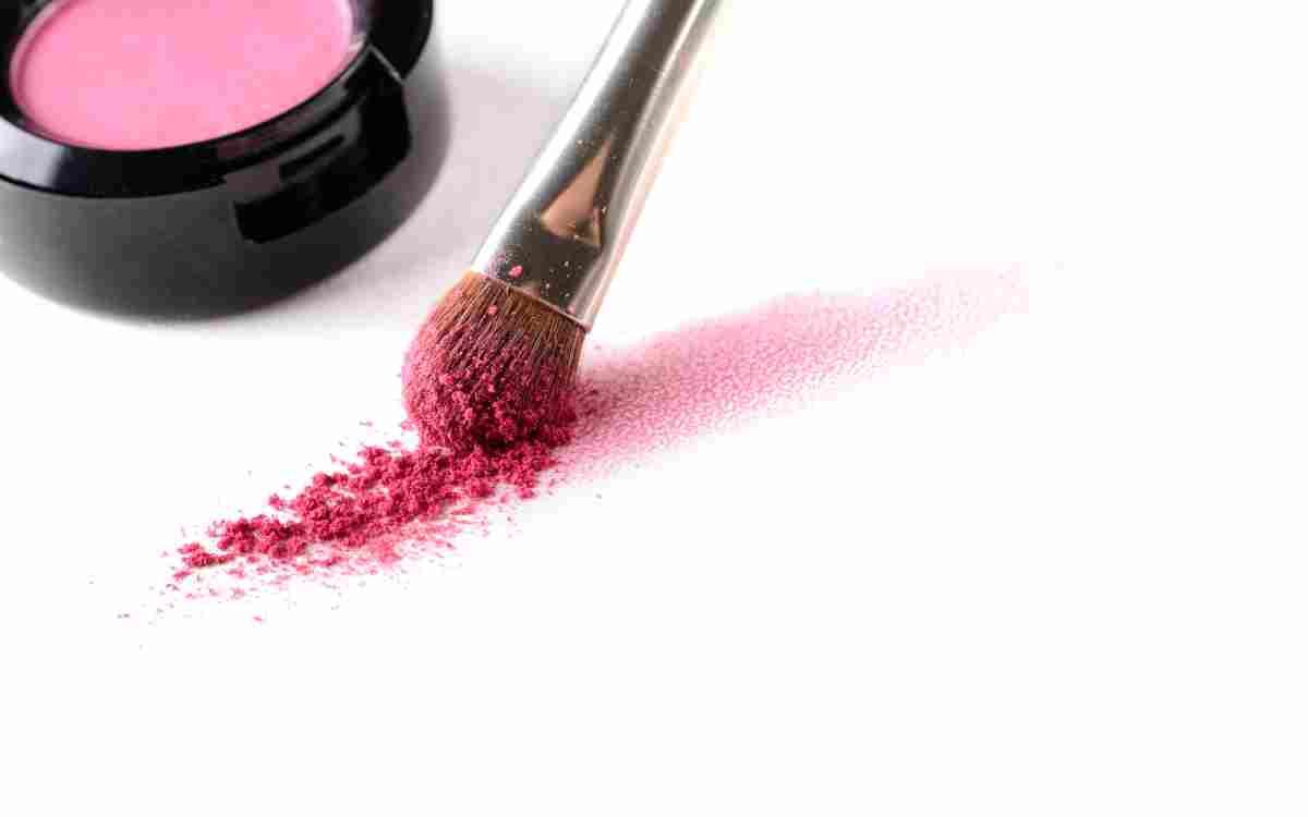 -ombretto rosa come sceglierlo e come applicarlo