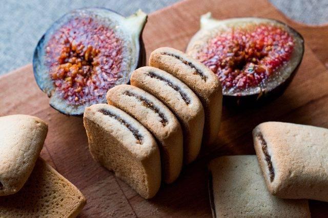 Biscotti di fichi dal cuore morbido: versione facile e genuina