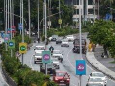 Mumbai, figure femminili su semafori e segnali stradali (Getty Images)