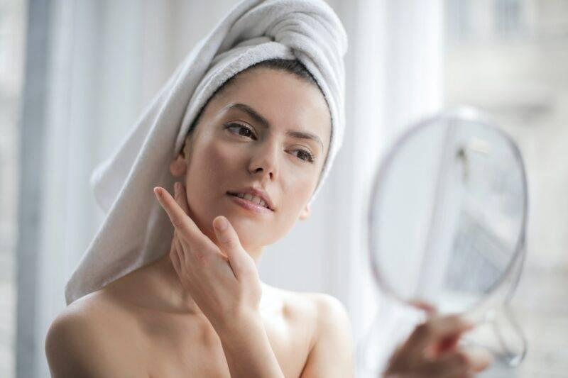 Gel di aloe vera per la cura della pelle
