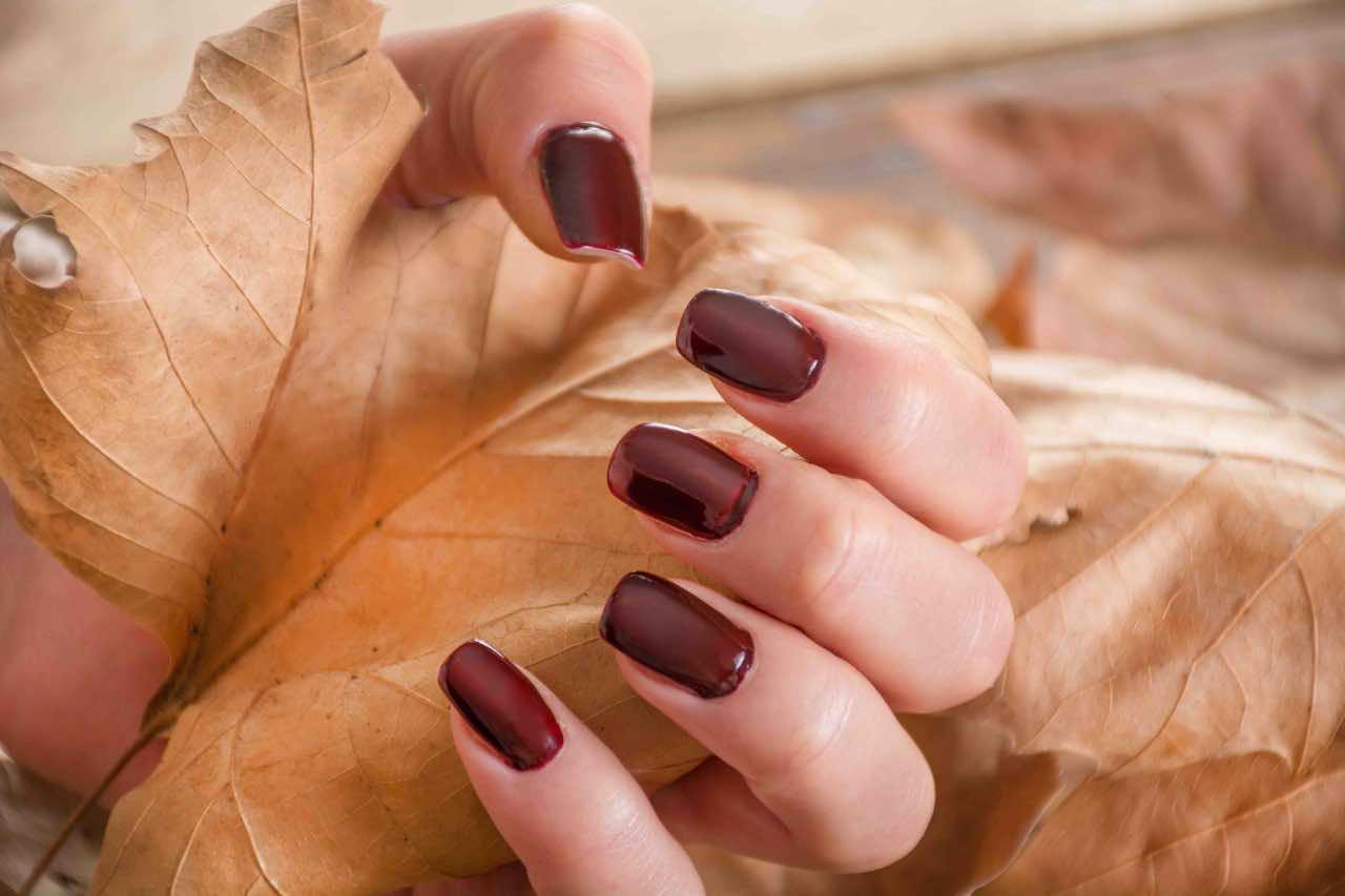 colore smalto autunno