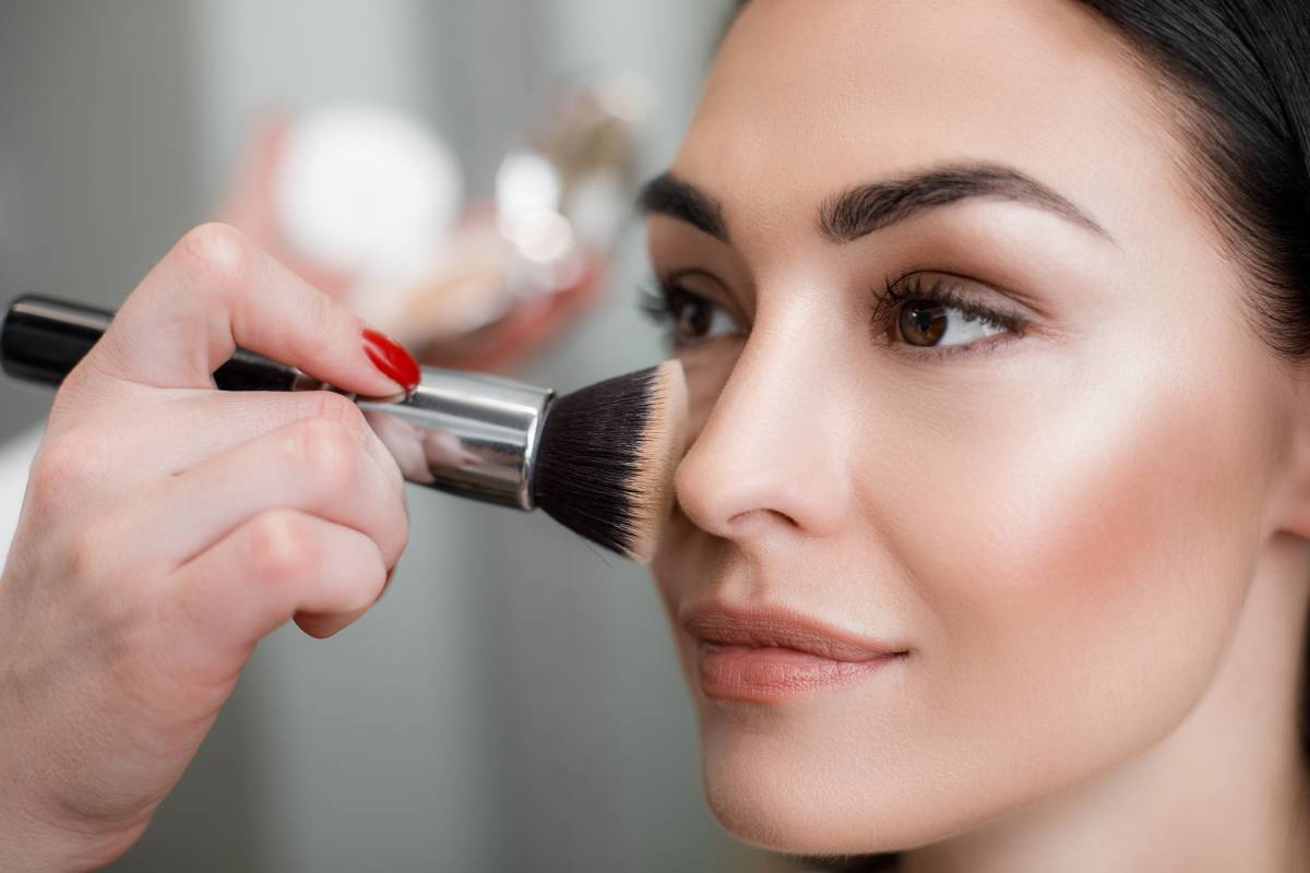 makeup da ufficio pelle abbronzata